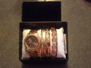 Custome Watch and Bracelet Set