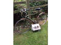 Superb Vintage Raleigh Bicycle In Excellent Condition.