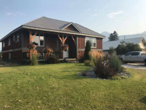 Rooming House In Golden BC! Two Rooms Available!