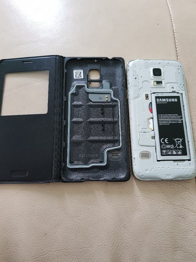 samsung s5 mini unlockedin Lawrence Weston, BristolGumtree - samsung s5 mini white unlocked to any network with s5 mini official s view case used so some signs of wear but works fine