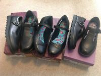 New ladies black/girls school shoes from clarks