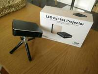 LED Portable HD Projector - BNIB - Miracast,HDMI,WiFi,USB