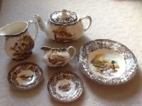 Selection of Royal Worcester Palissy 'Game Series' dinner ware