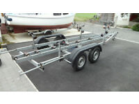 Galvanised double axle, braked boat trailer (2400 kg)