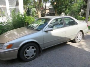 2001 Toyota Camry CE Sedan Certified and etested