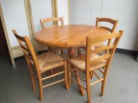 ROUND PINE SINGLE PEDESTAL DINING TABLE WITH FOUR FARMHOUSE STYLE DINING CHAIRS FREE DELIVERY