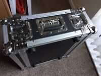 """3U 19"""" flight case, sleeve type with two doors and two handles"""