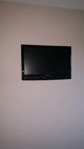 24 inch Dynex tv with remote