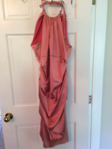 Dress from le chateau..salmon colour...fits 8-10