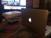 MacBook Pro 15 inch late 2015 model (Bought march this year from currys)