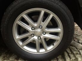 "Wanted; Jeep Grand Cherokee Overland wheel 18"" alloy"