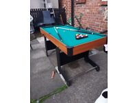 Pool table 5ft x2.5 ft