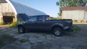 2005 ford f -150 parts truck