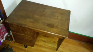 Bureau antique en bois / wooden vintage desk