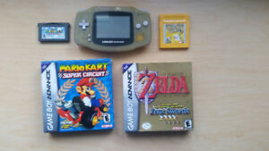 Gameboy Advanced -Zelda, Mario Kart, Mario World, Pokemon yellow