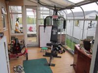 * SALE * REDUCED * GREENHOUSE / CONSERVATORY / EXTRA ROOM * EASY TO PUT UP! *