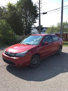 2009 Ford Focus SES *URGENT - MOVING AND MUST SELL*