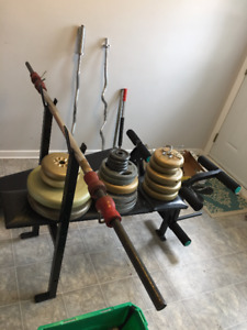 Bench Press + 235 LB /2 easy bars/ Sit up bench/ Accessories