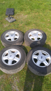 215/65 R15 tires and 15 inch ford five bolt rims