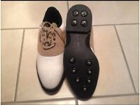 Golf shoes size 5