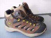 Men's Merrell Walking Boots - Reflex Mid Waterproof Colour Cocoa Size 8