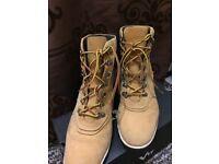 SIZE 6 WOMEN Timberland boots