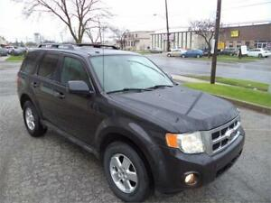 2011 Ford Escape XLT 5-SPEED MANUEL ECONOMICAL ACCIDENT FREE FIN