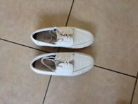 Ladies white bowls shoes