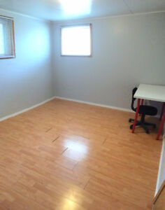 Furnished Room for rent on WHYTE AVE - FREE UTILITIES