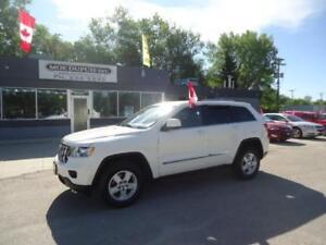 2012 Jeep Grand Cherokee Laredo,4X4 $16,986 PLUS PST AND GST!!