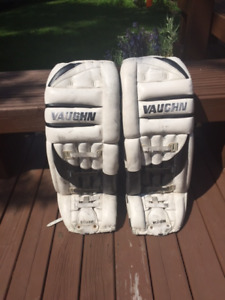 Vaughn Youth Goalie Pads!