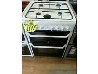 INDESIT 55CM GAS DOUBLE OVEN COOKER IN WHITE
