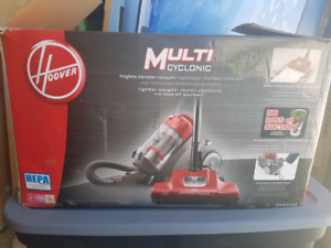 HOOVER Multi cyclonic bagless canister vacuum
