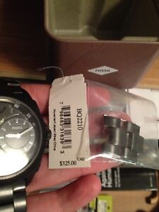 Brand new 400 dollar fossil watch