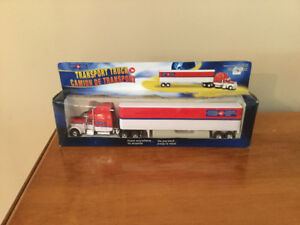 Die cast can Canada Post Transport truck