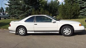 1995 Ford Thunderbird with lots of power and extras!