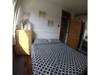 *a* THE CHEAPEST DOUBLE ROOM ON THE MARKET!! SURREY QUAYS!!