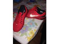 Nike Air Max Red Size 7 *Preowned*
