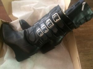 Women's Motorcycle Boots-Size 9