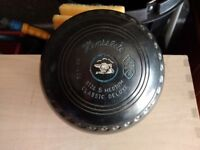 4 No. Henselite Lawn Bowls Size 5 Medium Classic Duluxe in Very Good Condition