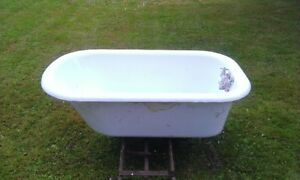 Cast Iron Tub   Rare Size