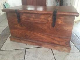Myakka Thakat blanket box chest Indian rosewood handmade