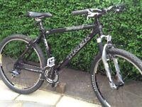 Trek 6700 adults mountain bike fantastic condition