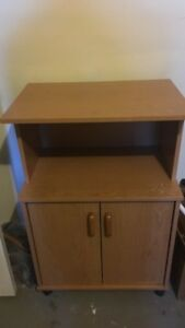 Brown wooden cabinet/ table