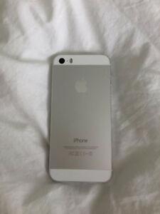 iPhone 5s (Silver) [Price Negotiable]