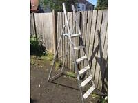 6ft aluminium step ladders £20