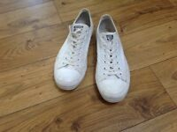Men's white converse size 11