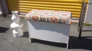 Storage Bench with Vase **Delivery Included**