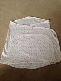 Swaddle blanket £5