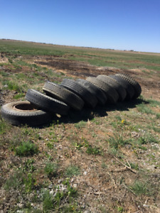 10.00 x 20 Dayton Semi Trailer Tires & Rims
